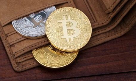 Bitcoin Daily: Coinbase Passwords Unprotected