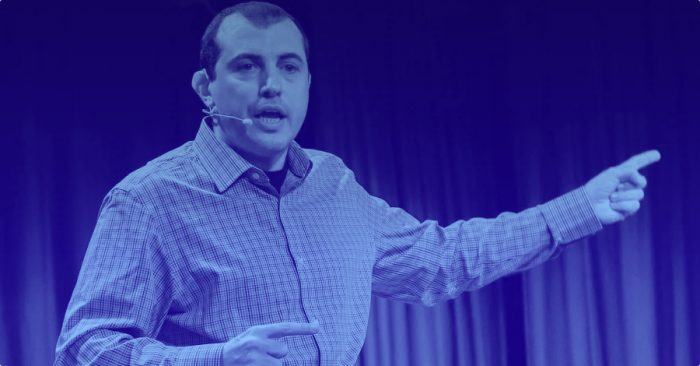"""Andreas Antonopoulos: Bitcoin will destroy the """"golden cage"""" of banking"""