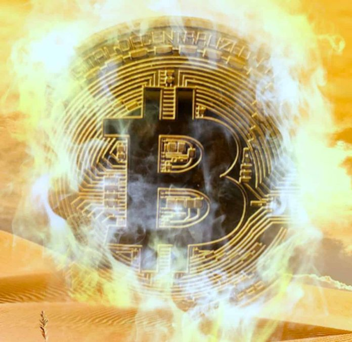 """Bitcoin a """"Scam"""" and """"Pyramid Scheme"""""""
